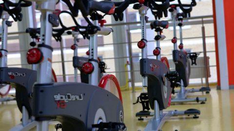 Как се почиства спортна зала и фитнес